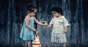 Little-Cute-Boy-and-Girl-Image