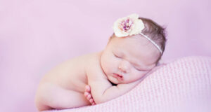 Newborn-Baby-Sleeping-Wallpaper-HD