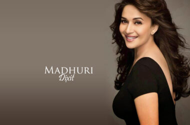 Madhuri-Dixit-Full-HD-Wallpaper