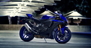 Yamaha-YZF-R1-New-Bike-Image