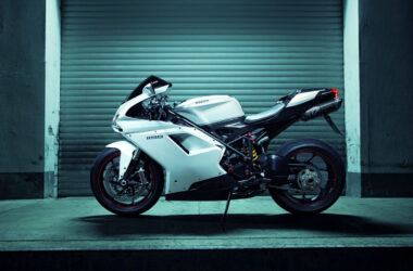 White-Ducati-1198-HD-Pic