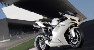 White-Ducati-Sport-Bike-HD-Pic
