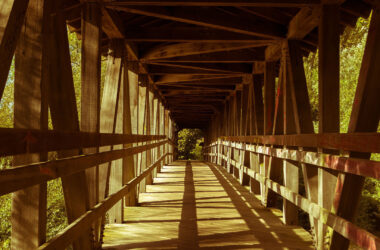HD-Pic-of-Wooden-Bridge