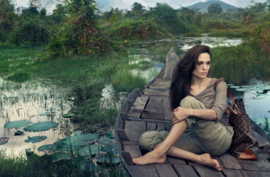 Angelina-Jolie-on-Boat-HD-Image