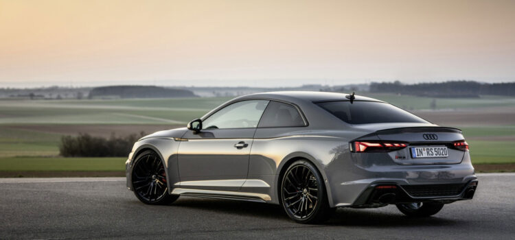 Audi-RS-5-Coupe-HD-Pic