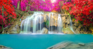 Beautiful-Waterfall-Full-HD-Pic