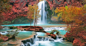 Full-HD-Image-of-Waterfall