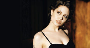 HD-Pic-of-Actress-Angelina-Jolie